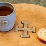 Английская церковь раздает бесплатное пиво и хлеб туристам с ХII века