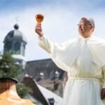 Монахи Гримбергена снова начали варить пиво