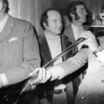 Рекорд бывшего австралийского премьер-министра по распитию пива будет отмечен мемориальной доской